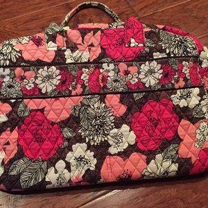 Vera Bradley zippered travel bag